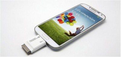 iflashdrive-accessori-applicazione-iphone-android-1-avrmagazine
