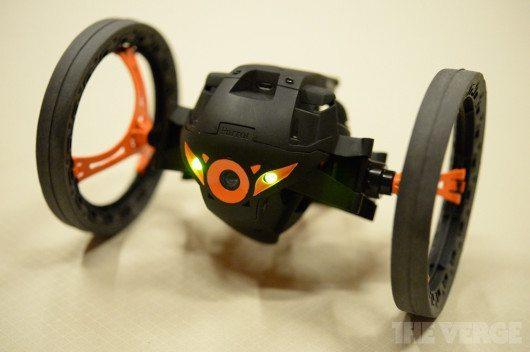sumo-drone-parrot-1-avrmagazine