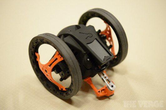 sumo-drone-parrot-avrmagazine