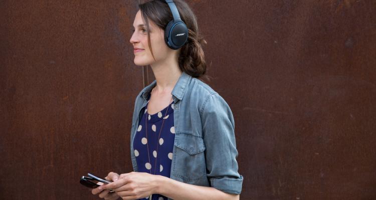 Bose SoundLink around-ear II wireless avrmagazine 1