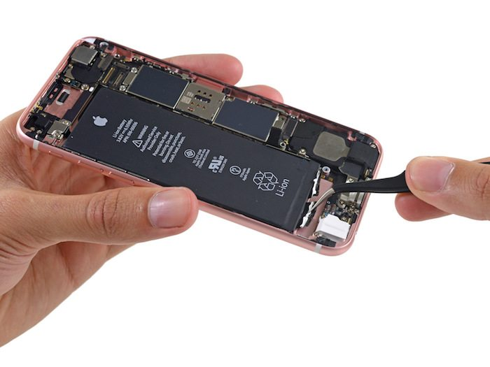 iPhone 6s teardown avrmagazine 3