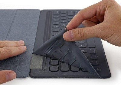 smart-keyboard-teardown-avrmagazine-3