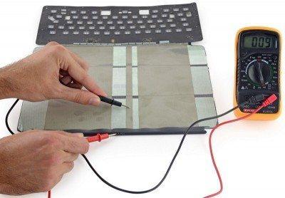 smart-keyboard-teardown-avrmagazine-4