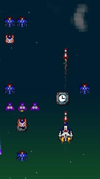 Astro Attack gicohi per iPhoern avrmagazine 2