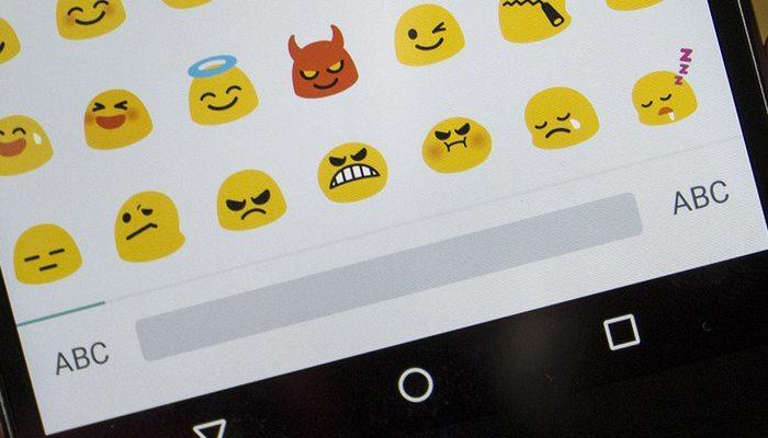 Next Emoji Keyboard avrmagazine